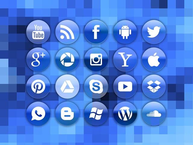 social media vs TV