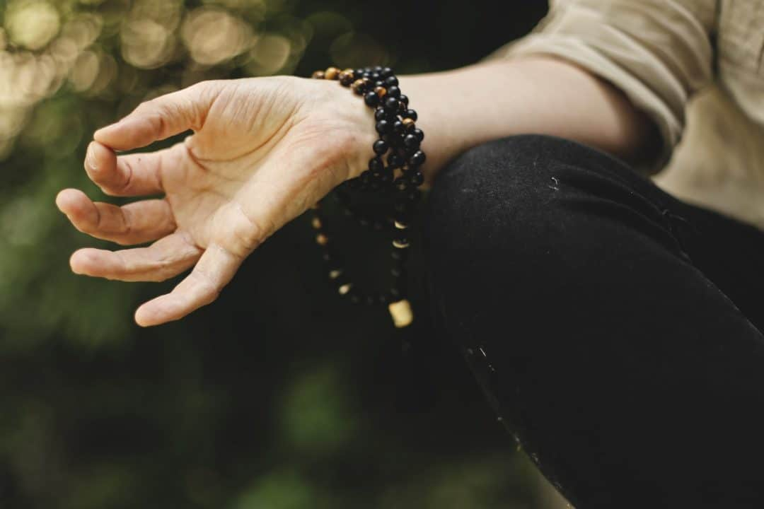 Home Office Social Media Manager Yoga