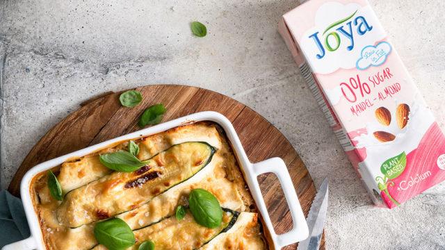 Mona Joya Zucchini Lasagne Crop
